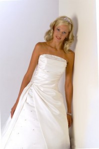 Expert Polyester wedding dress cleaning